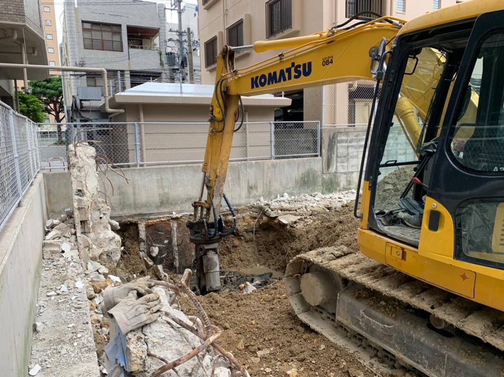 浦添市 商業ビル解体工事