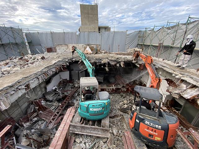 沖縄市 商業ビル 解体工事