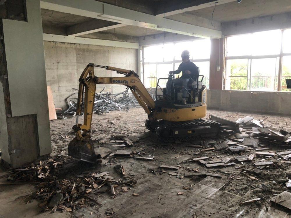 宜野湾市 公共施設内部 解体工事